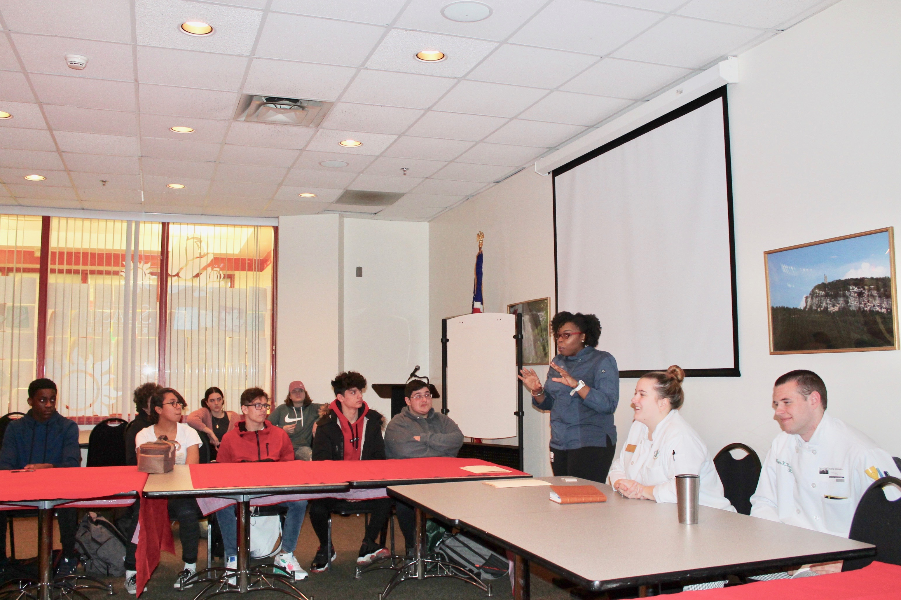 Culinary Students Meet with C&T Grads